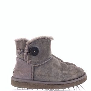 UGG Women's Boots Size 8
